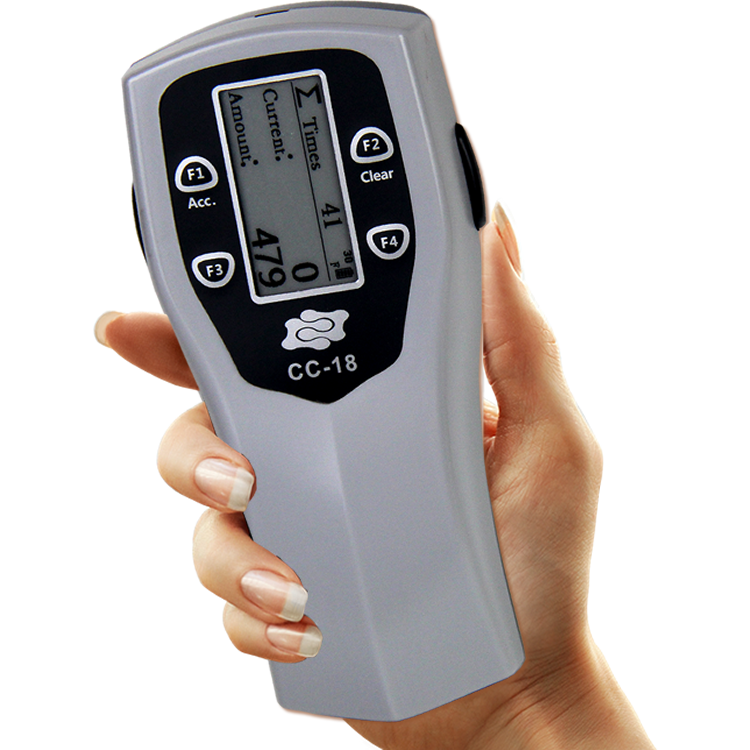 swipe-cc-18-handheld-portable-card-counter-in-hand